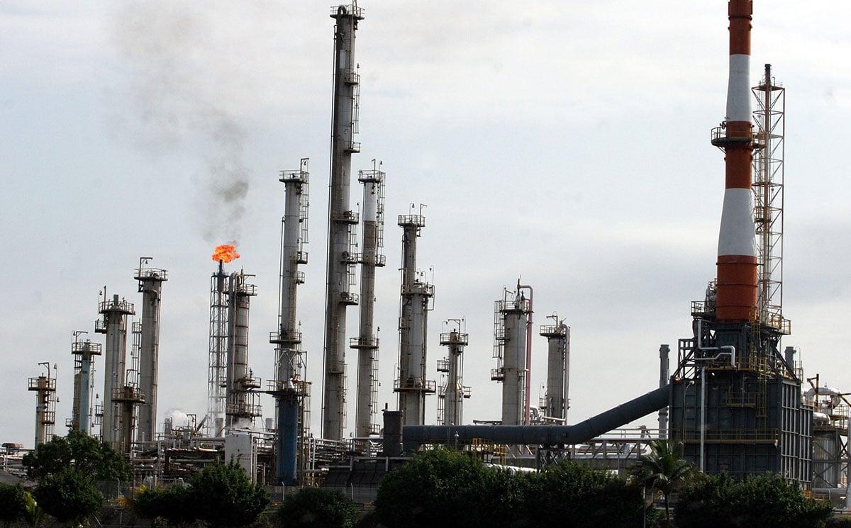 movilidad-gasolina-refinería