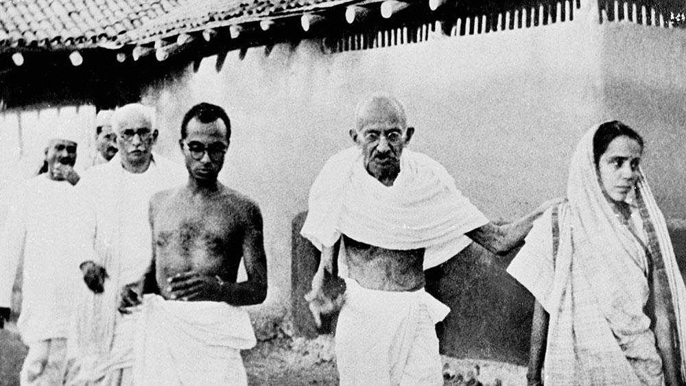 Gandhi-marchadelasal-noviolencia