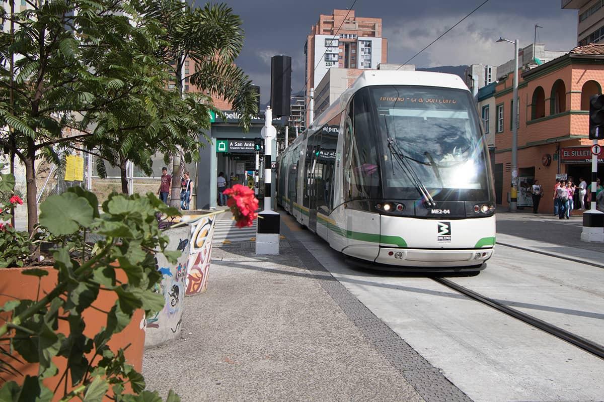 tranvía-metro-Medellín