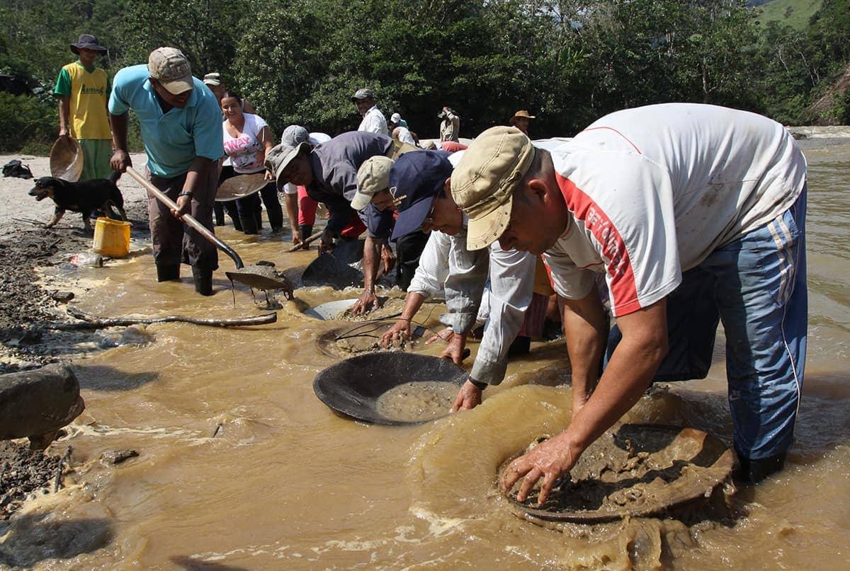 minería-subsistencia-Antioquia