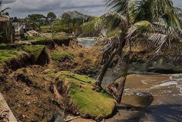 OMM-oceanos-erosionUraba
