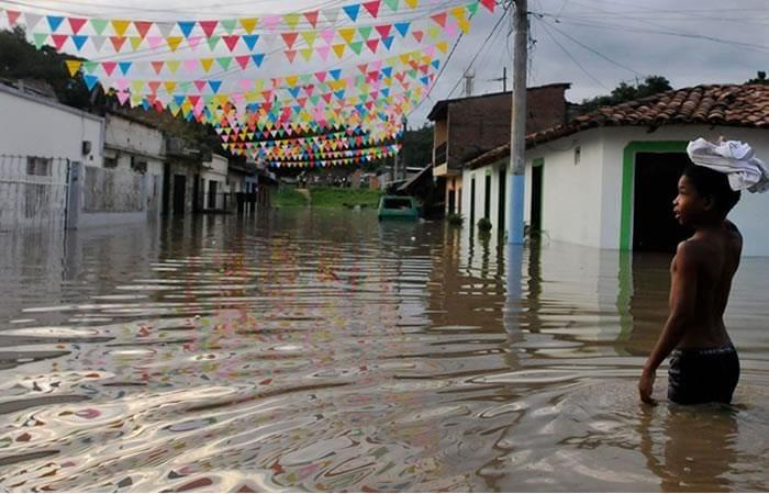Inundaciones en Colombia, desplazamiento