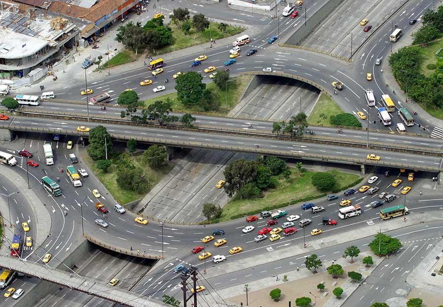 transición energética, en especial hacia sistemas de transporte