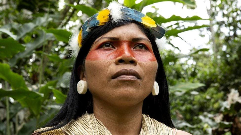 Nemonte Nenquimo, mujeres indígenas