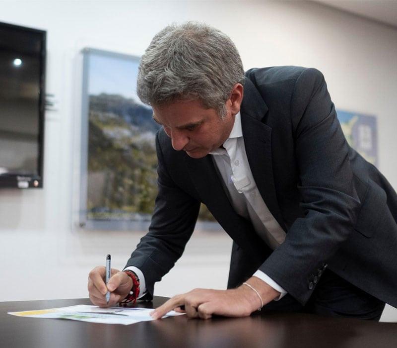 ministro de Ambiente y Desarrollo Sostenible, Carlos Correa
